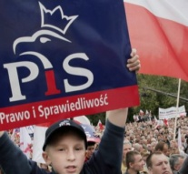 Poland: Ruling conservative PiS party wins parliamentary election