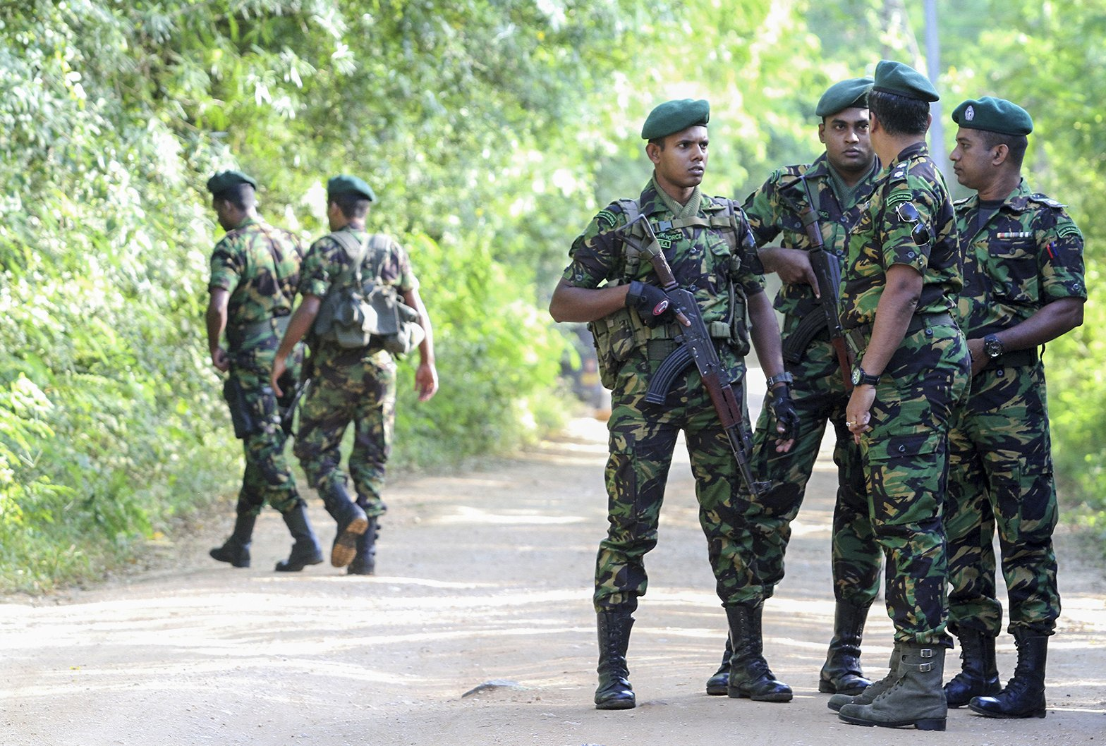 Muslim voters attacked as Sri Lanka votes for president