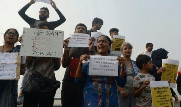 India gang-rape shootings revives extrajudicial killing fears