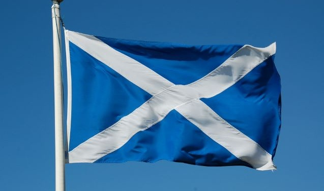 Thousands march in UK for Scottish independence