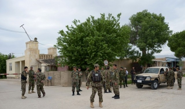 Taliban kill 23 in attacks on Afghan checkpoints