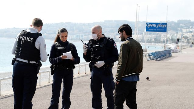 Thousands of French citizens ignore quarantine as cops issue nearly 39,000 citations for violating lockdown