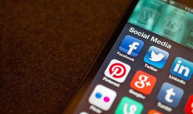 Social media restrictions lifted in occupied Kashmir