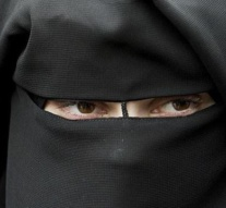Requiring face masks to fight COVID-19 while upholding niqab bans shows irony lost on leaders