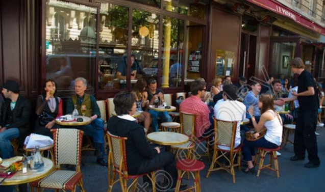 Bars, cafes and restaurants reopen in France