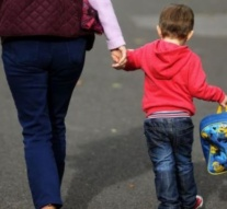 German stimulus package hands families €300 for each child