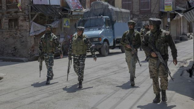 Protests in Kashmir after Indian forces kill five fighters