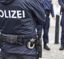 Austria: Eight police officers suspended due to torture on Chechens