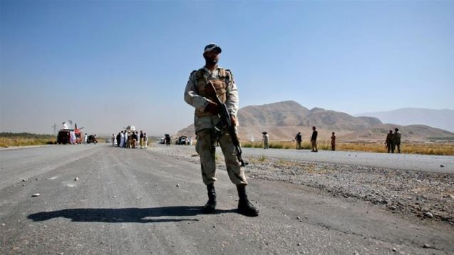 Pakistan: Eight soldiers killed, five wounded in attack on convoy