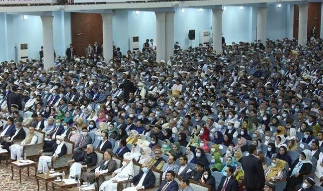 Top Afghan council urges release of all Taliban inmates