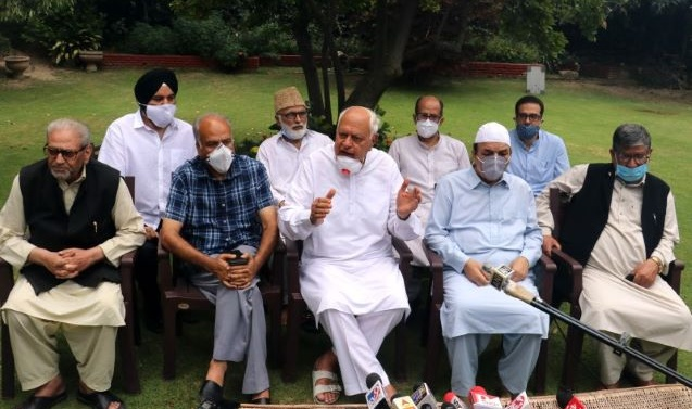 Will discuss JK's political agenda after all leaders including Mufti freed from detention: Abdullah