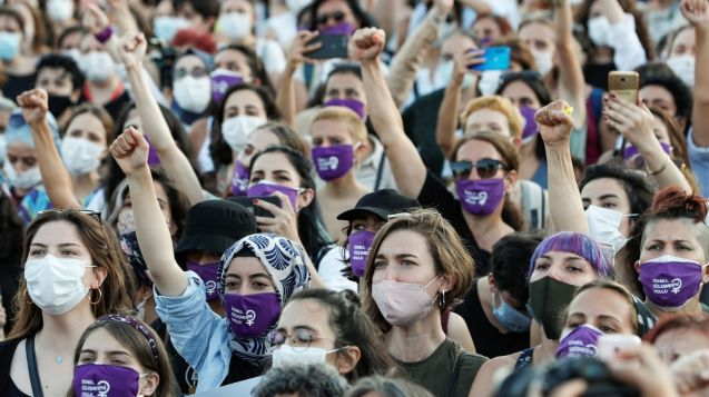 Thousands rally in Turkey to demand end of violence against women