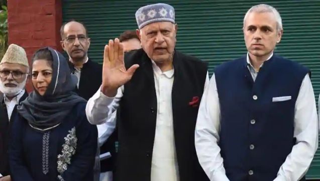 Farooq Abdullah declares alliance with Mehbooba Mufti, says 'want govt to return rights J&K had before Aug 5, 2019'